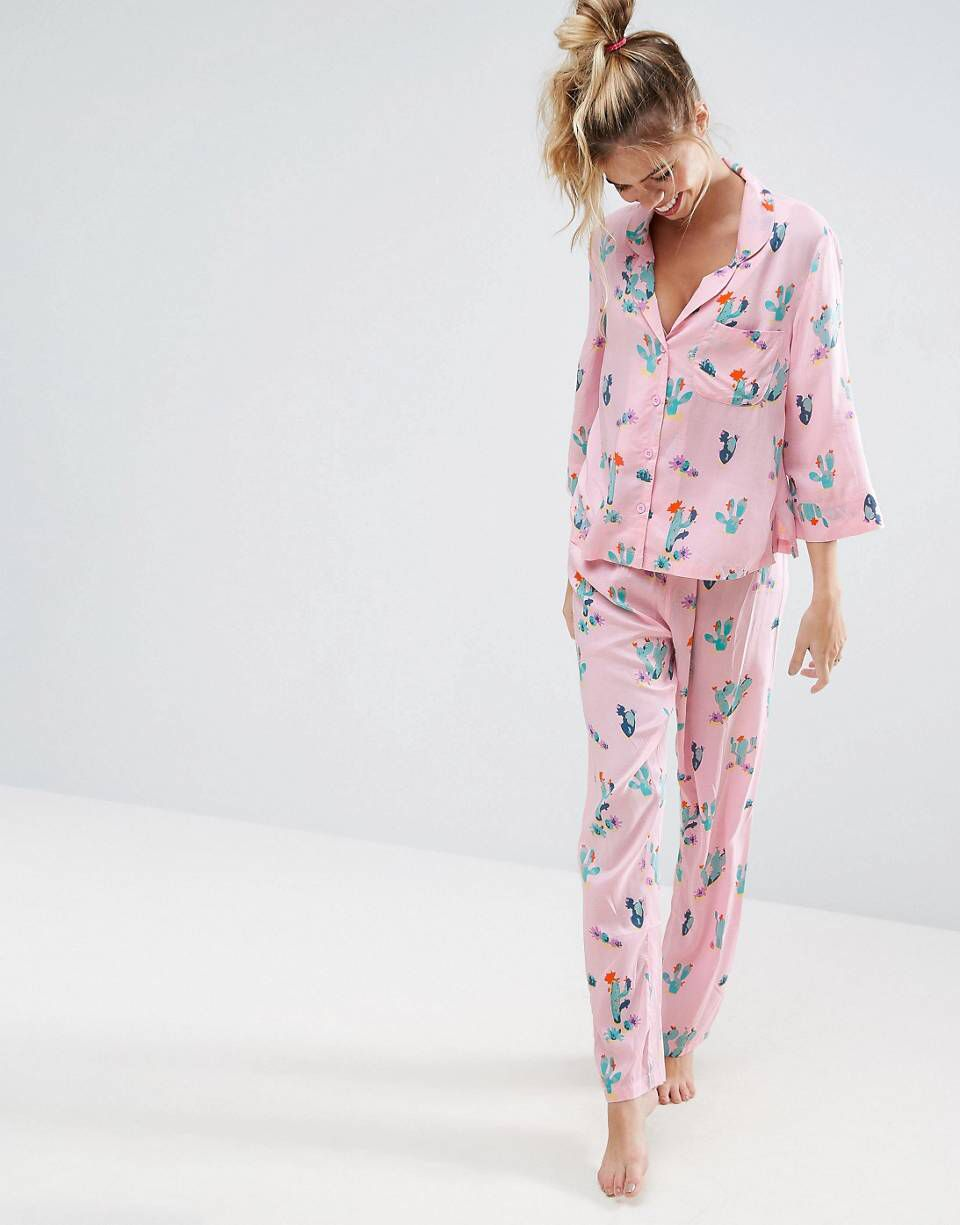 Pyjama c et a
