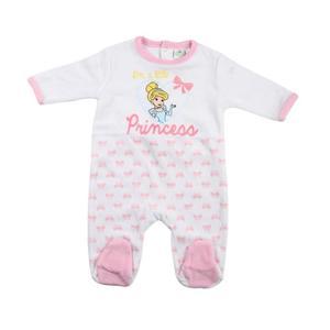 Bébé en pyjama