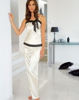 Jolie pyjama femme